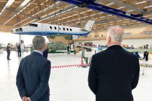 Wing mate in Stans für ersten Serien-Pilatus PC-24